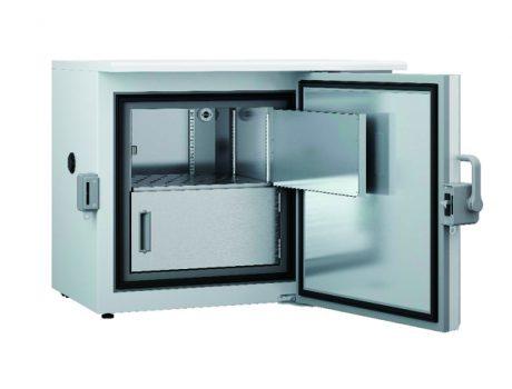 ultracongelador-bajo-mesa-86